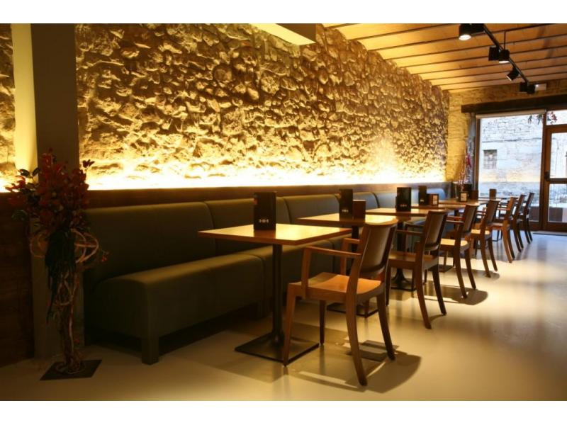 Restaurant interior design tips article