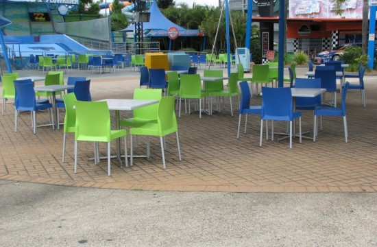 Chairs and Tables at Dreamworld IMG_0120