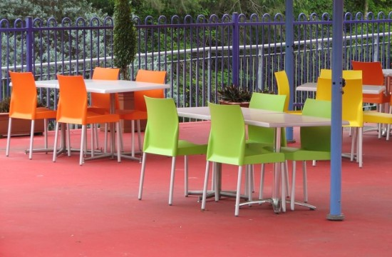 Outdoor Chairs and Tables Dreamworld IMG_0111