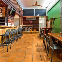 Cafe, Bar & Restaurant Furniture - Rainbow Beach QLD