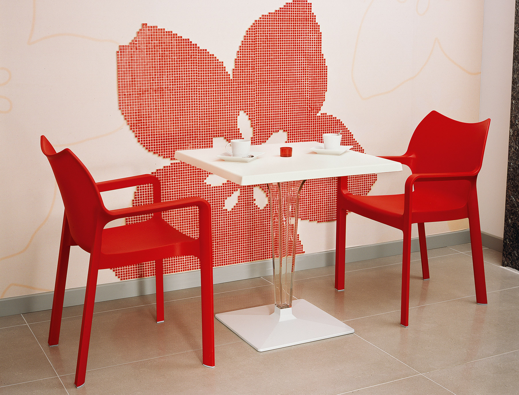 Diva Armchair - Red
