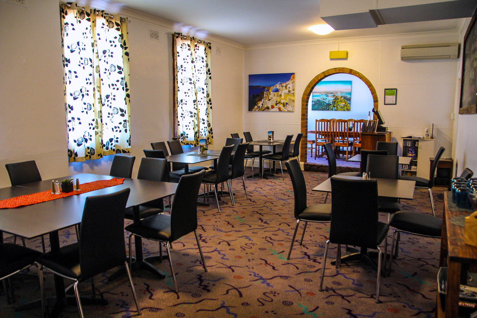 Name : The Court House Hotel – Boorowa