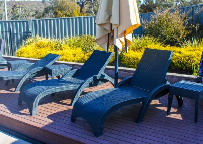 Alivio Tourist Park - Fiji Sunloungers in Anthracite & Tequila Side Table in Anthracite - Image 125