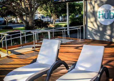 BIG4 Park Beach Holiday Park – Coffs Harbour - Fiji Sunloungers - Image 2