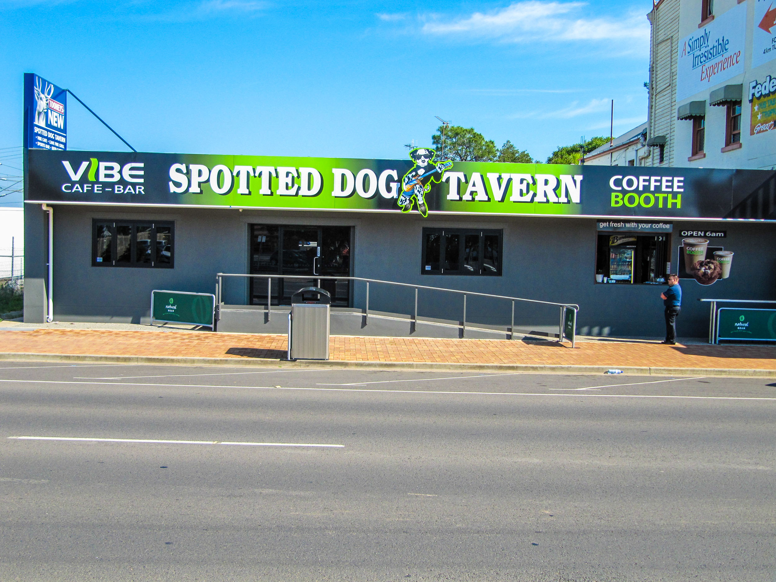 Name : Spotted Dog Tavern