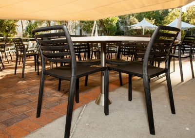 Griffith Uni Outdoor - Table & Chair