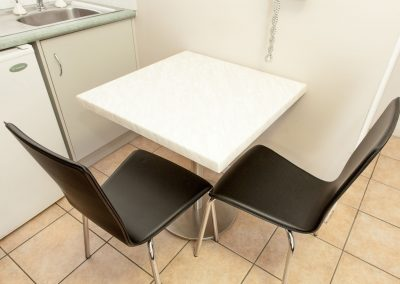 Cleveland Motor Inn Table & Chairs image 12