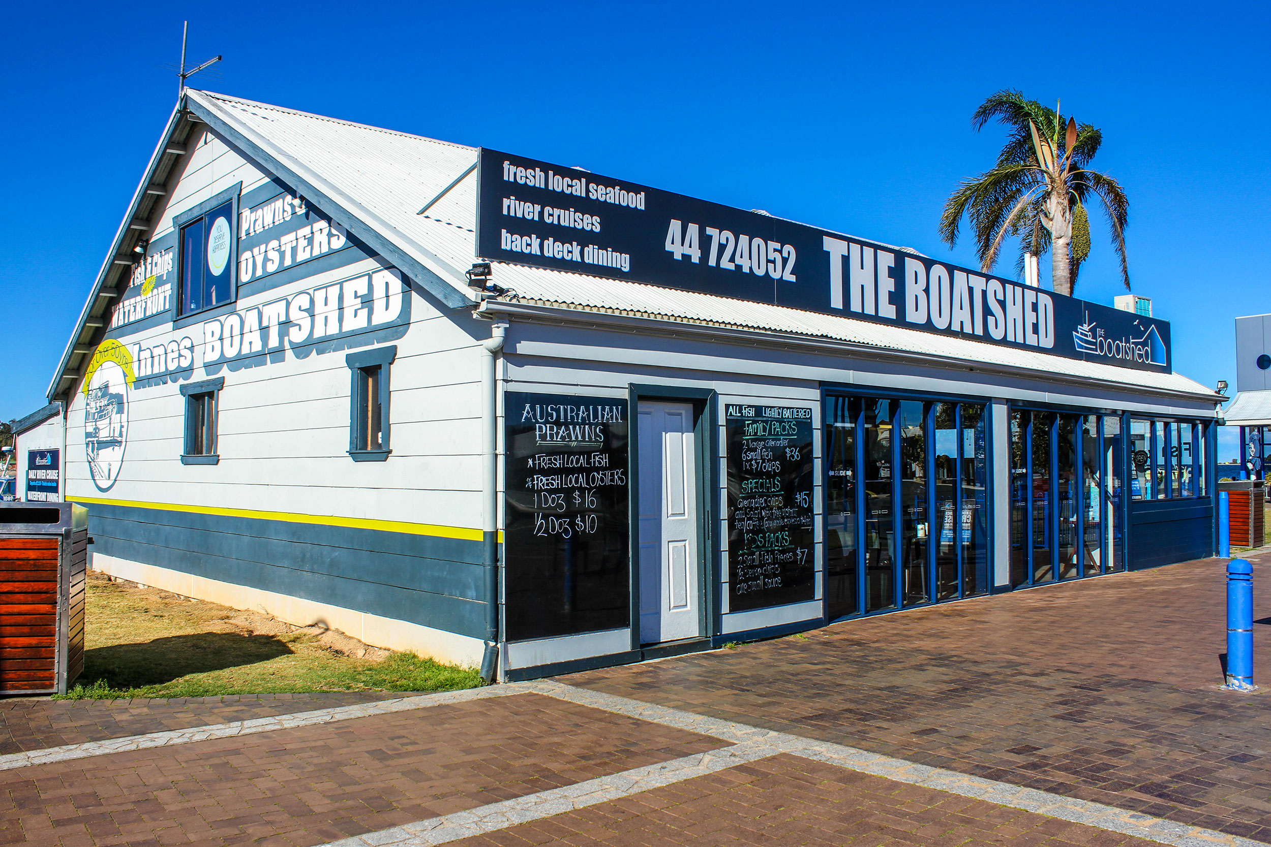 Name : The Boatshed – Batemans Bay, NSW