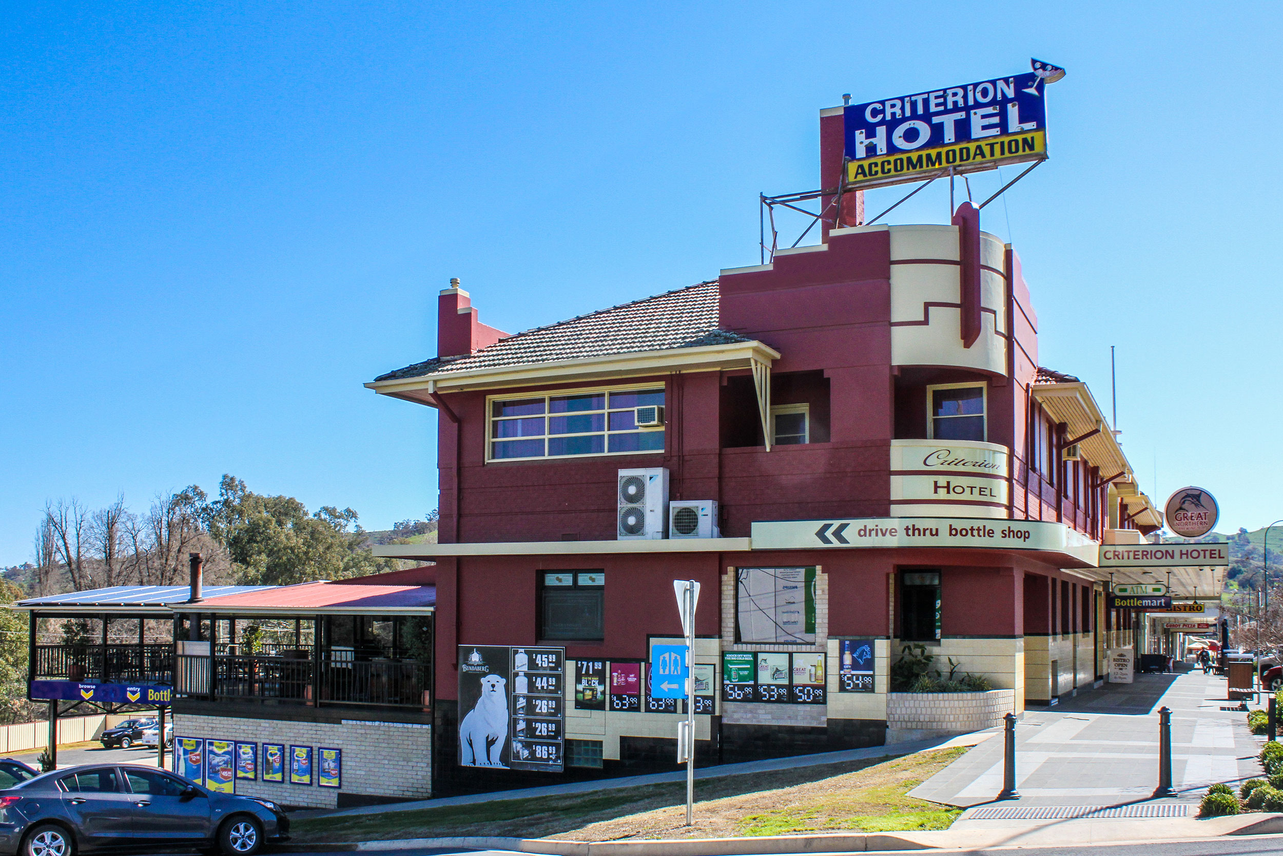 Name : Criterion Hotel - Gundagai, NSW